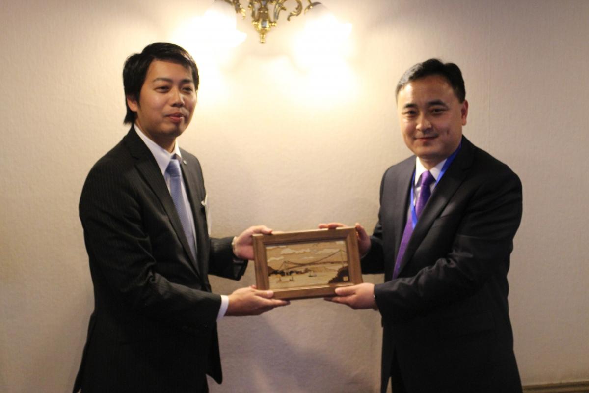 中国共青団青島訪日代表団 懇親会のサムネイル画像3