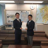 「青年会議所による下関北九州道路の早期着工に関する要望書」提出のサムネイル画像2