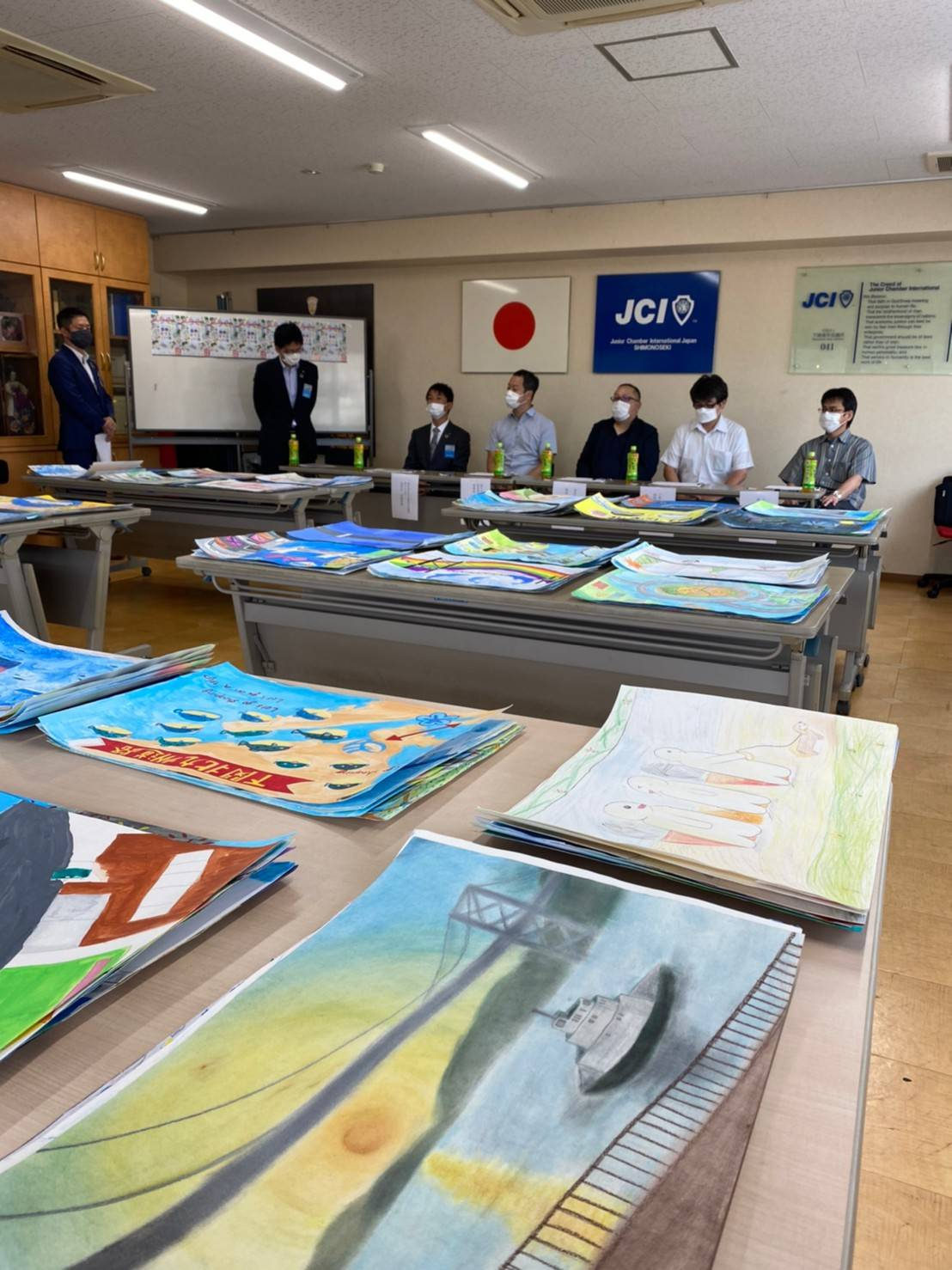下関北九州道路「海峡むすぶミライ図」絵画審査